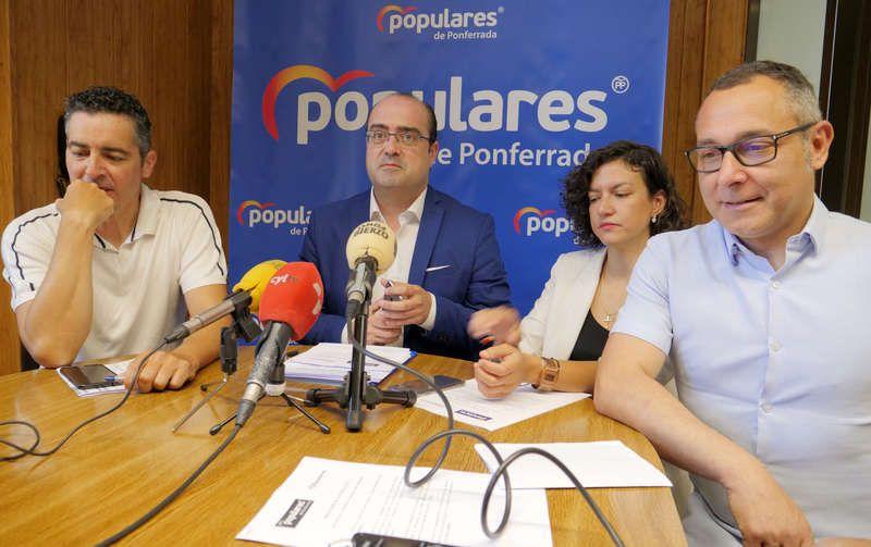 morala-y-concejales-pp.jpg