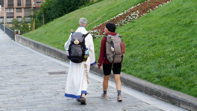 peregrinos-camino-santiago-ponferrada.jpg