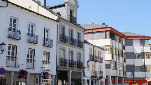 plaza-mayor-bembibre.jpg