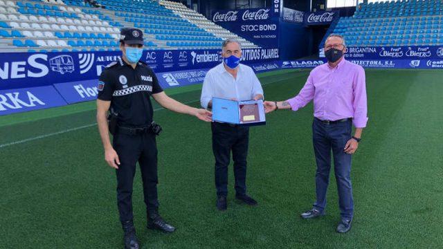 policia-municipal-acto-agradecimiento-ponferradina.jpg