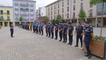 policia-municipal-formacion-plaza-ayto-ponferrada.jpg