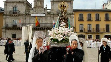 procesion-resurreccion-ponferrada-2014.jpg