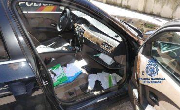 robo-en-coche-policia-nacional.jpg
