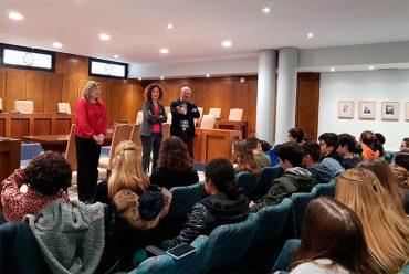 visita-alumnos-italianos-ayto-ponferrada.jpg